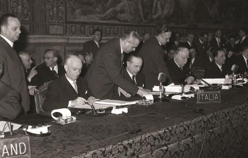 Firma dei Trattati%2C delegazione italiana