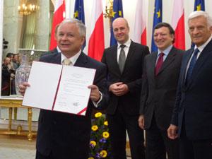 Lech Kaczynski, Fredrik Reinfeldt, José Manuel Barroso and Jerzy Buzek
